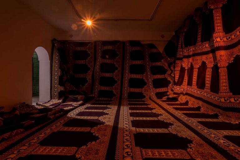 Xin Yunpeng, 144m2, 2017. Muslim carpet, dimensions variable.