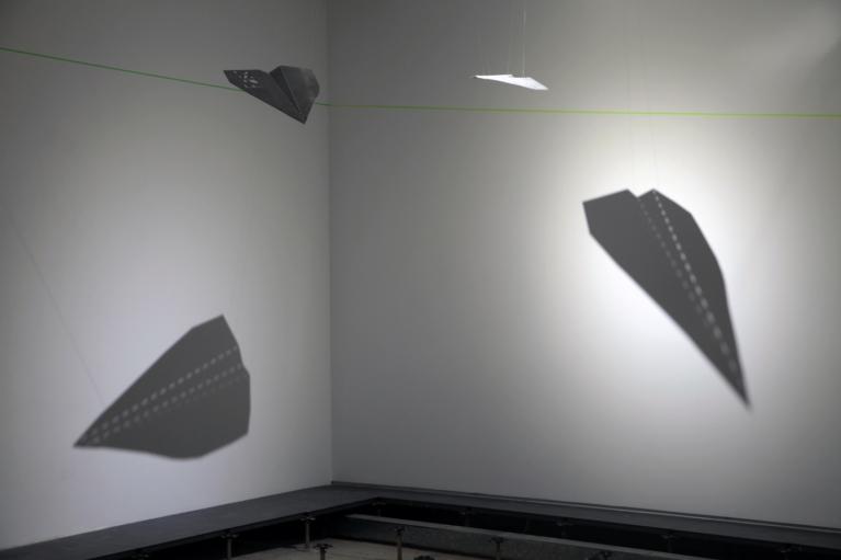 何恩懷,Feeling Plane 1 & 2,2018。 75% 穿孔鋁片, 每件59.8 x 37.6 x 0.1 厘米。 Edition of 3。