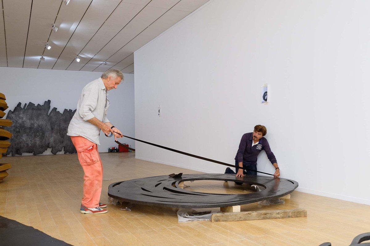 Bernar Venet 回顾展2019 - 1959 于法国里昂当代美术馆开幕