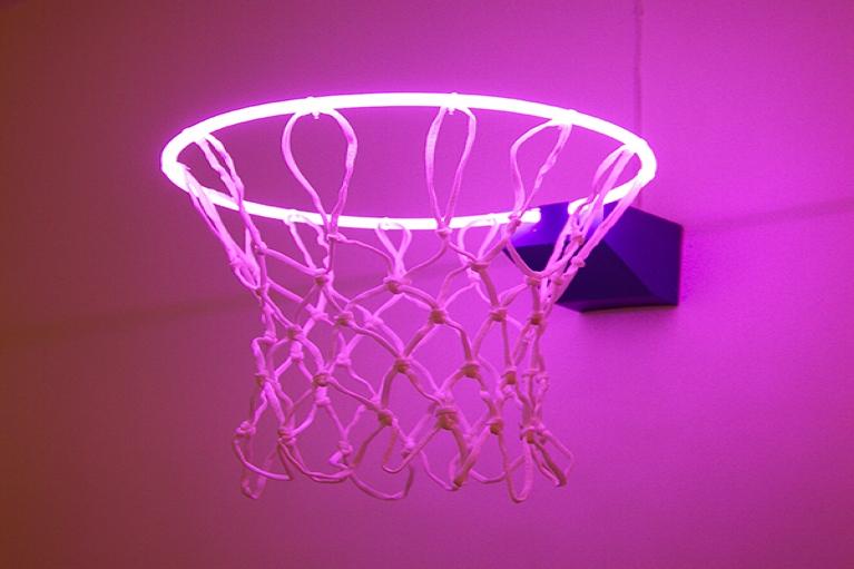 Zhou Wendou, Fragile State - Purple, 2013, Neon light, basketball net, aluminium board, 37 x 37 x 50 cm