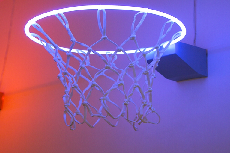Zhou Wendou, Fragile State - Blue, 2013, Neon light, basketball net, aluminium board, 37 x 37 x 50 cm