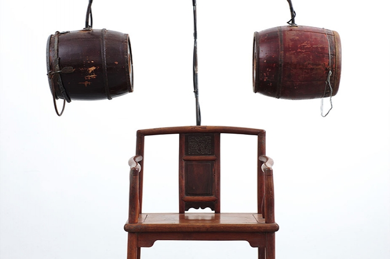 Chen Zhen, Chaise of Concentration, 1999, Wooden chair, Chinese chamber pots, sound system, wire, metal, 174.3 x 110.1 x 59.7 cm