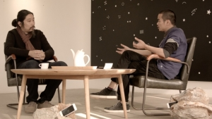 Liang Ban in conversation with Bao Dong