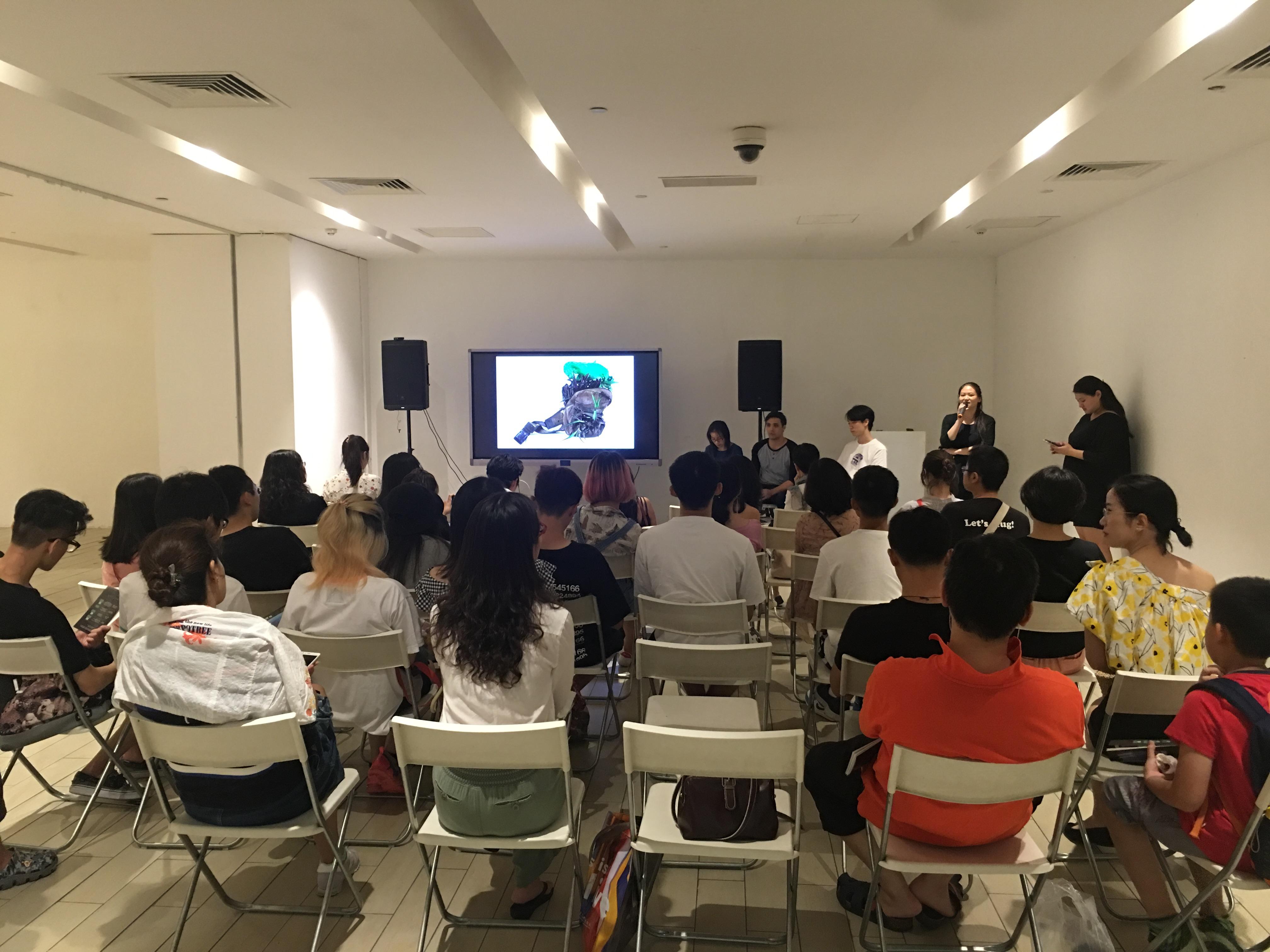 Andrew Luk gave a public art talk at chi K11 art museum